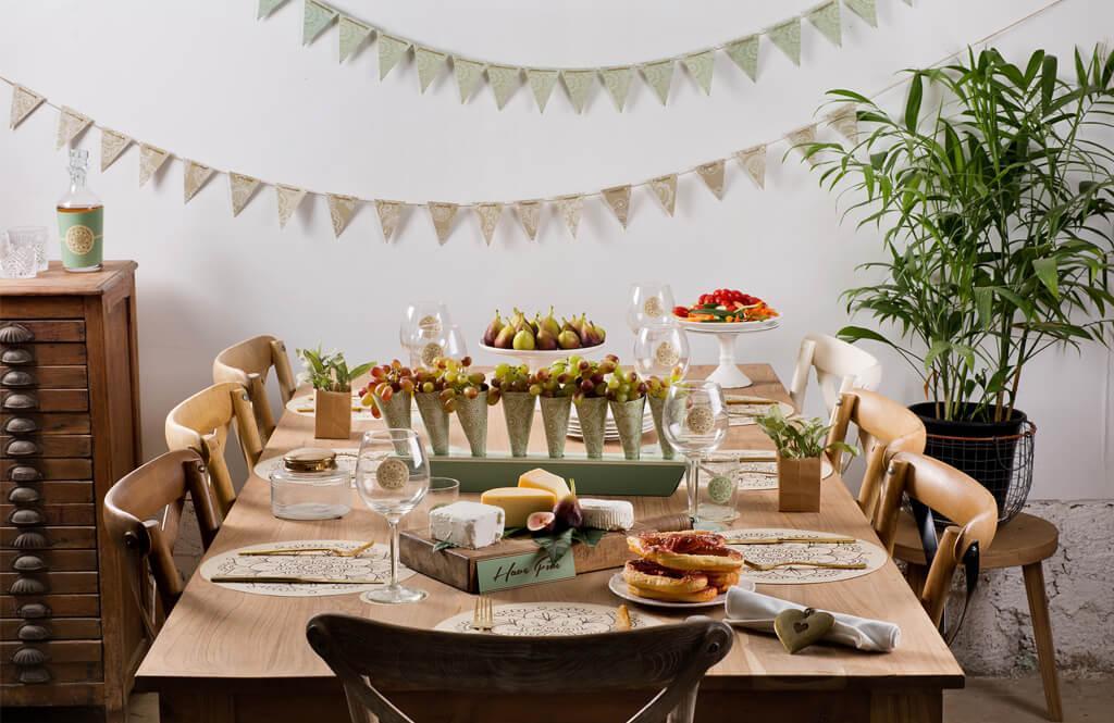 עיצוב שולחן בסגנון כפרי לערב גבינות ויין