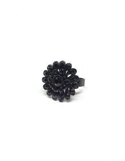 טבעת פרח בגוון שחור דרמטי