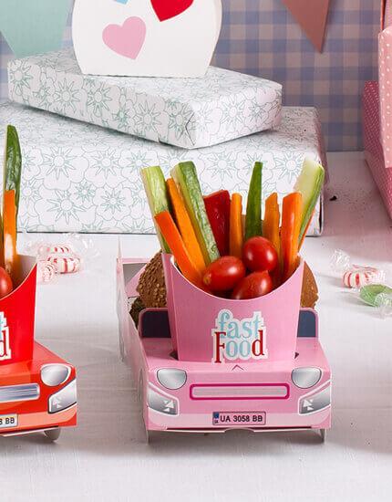 מכונית ורודה | מגש מזון | ליום הולדת