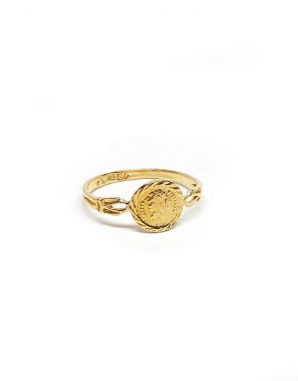 טבעת בציפוי זהב מטבע קטן