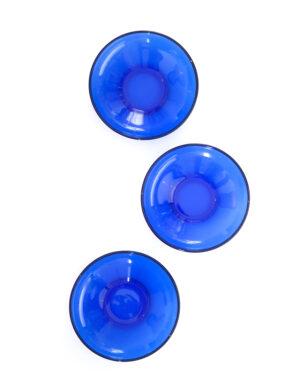 צלחות לערב יווני מזכוכית בגוון כחול עמוק