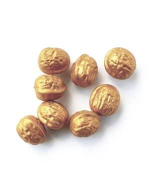 עריכת שולחן פסח | אגוזי זהב | דקורטיביים